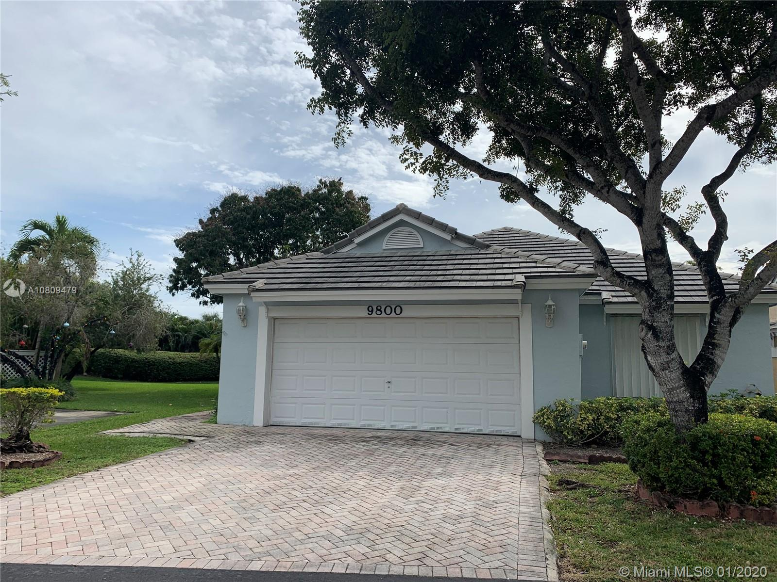 9800 NW 47th Ter  For Sale A10809479, FL