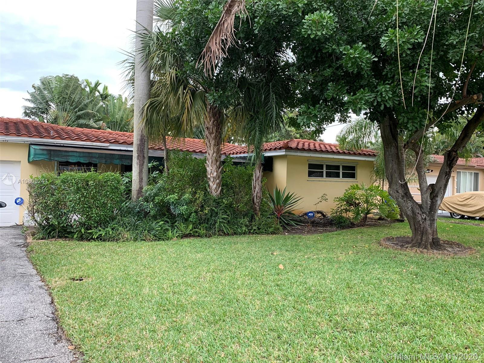 1419  N 16 CT  For Sale A10809241, FL