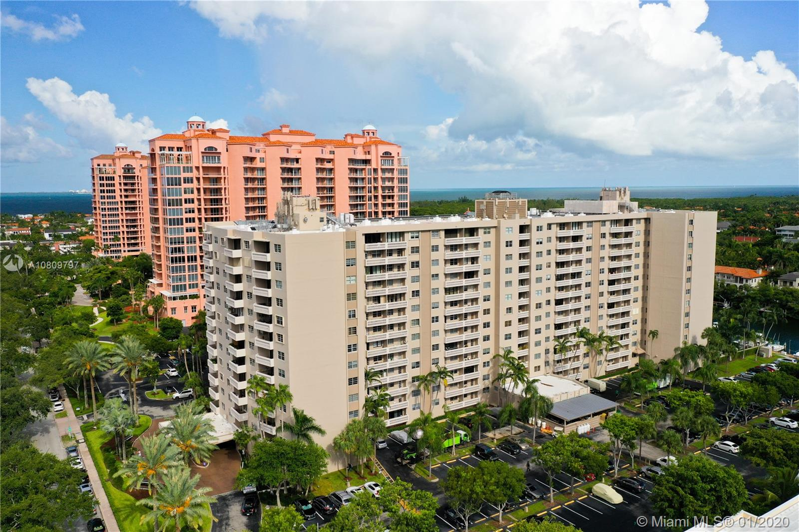 90  Edgewater Dr #512 For Sale A10809797, FL