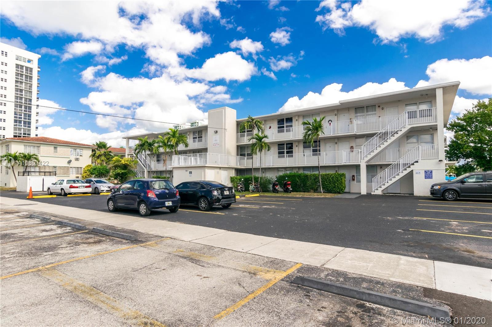 7917  West Dr #17 For Sale A10809422, FL