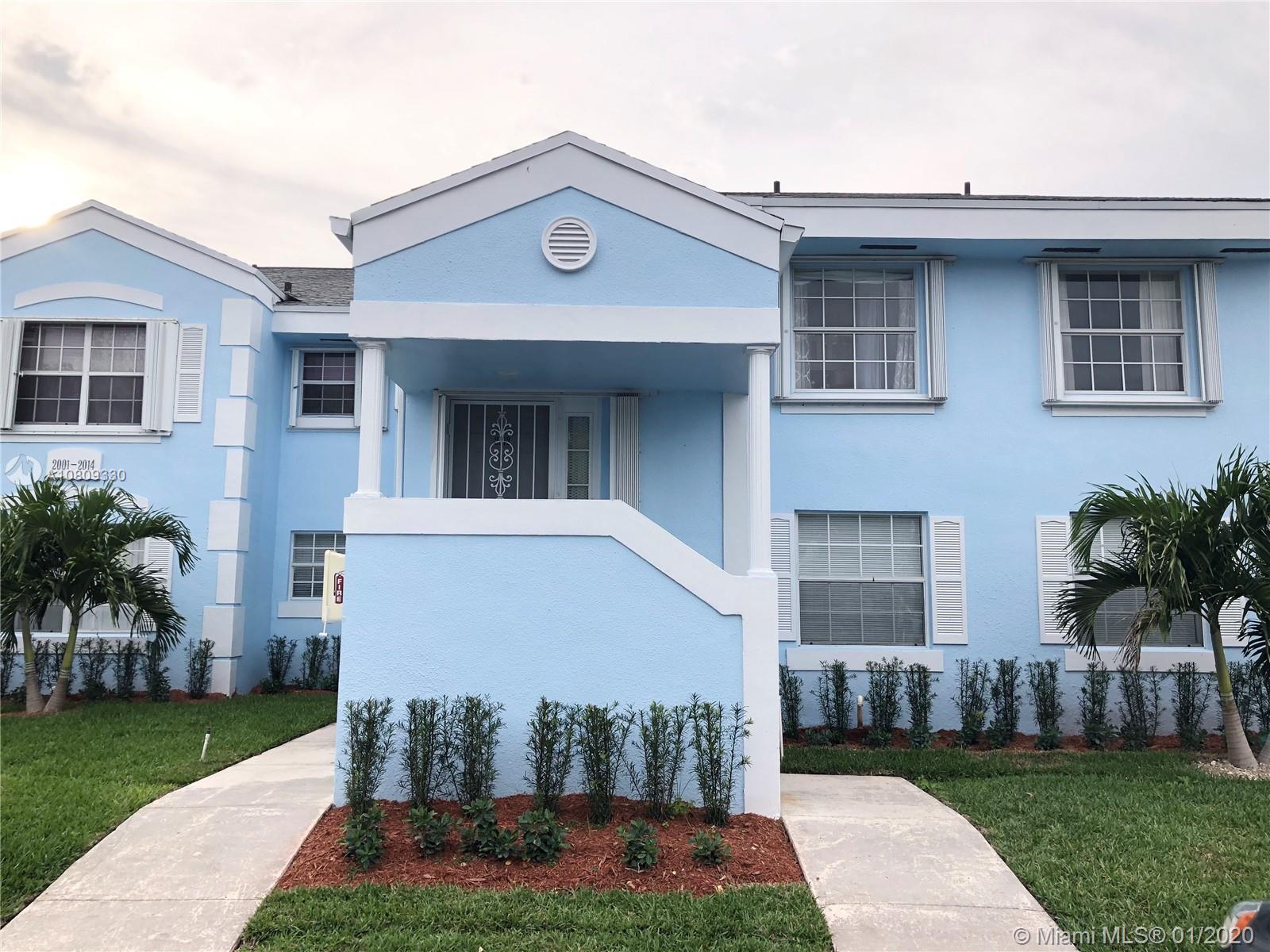 2012 SE 26th Ln #206 For Sale A10809330, FL