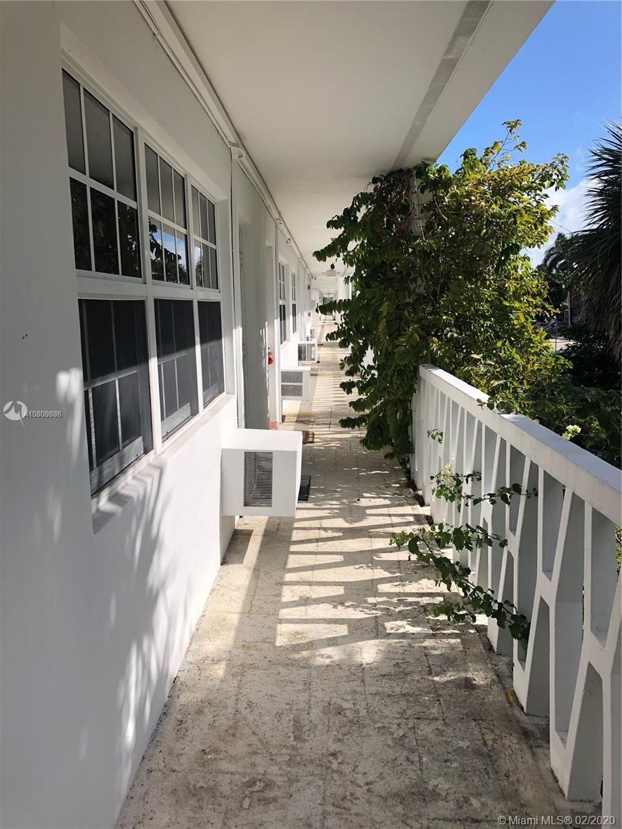 1451 NE 170 Street #207 A For Sale A10809886, FL