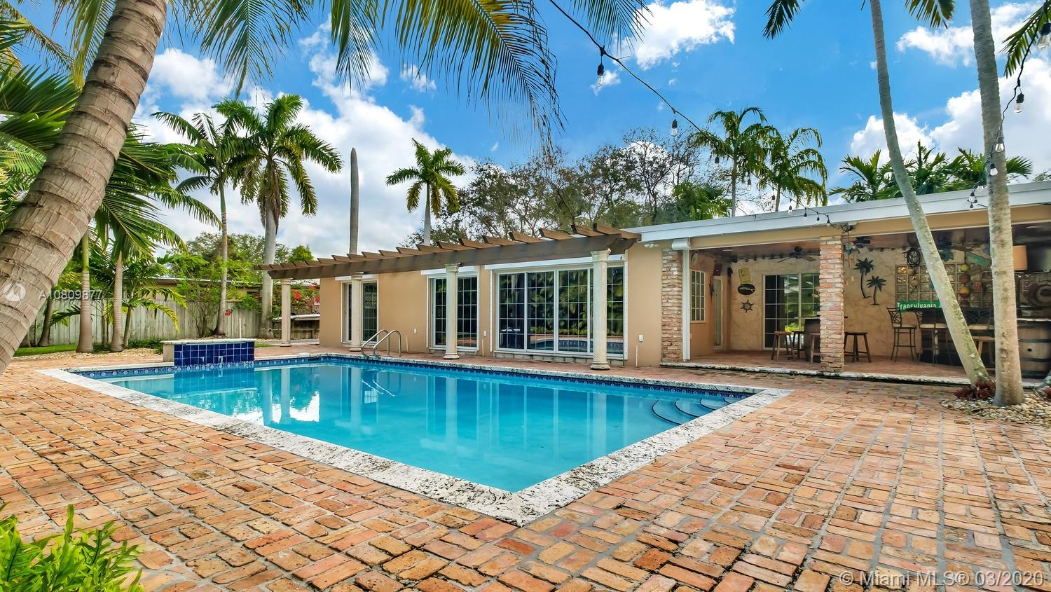 8401 SW 90th Street  For Sale A10809877, FL