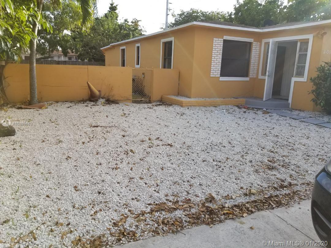 2256  Cody St  For Sale A10809883, FL