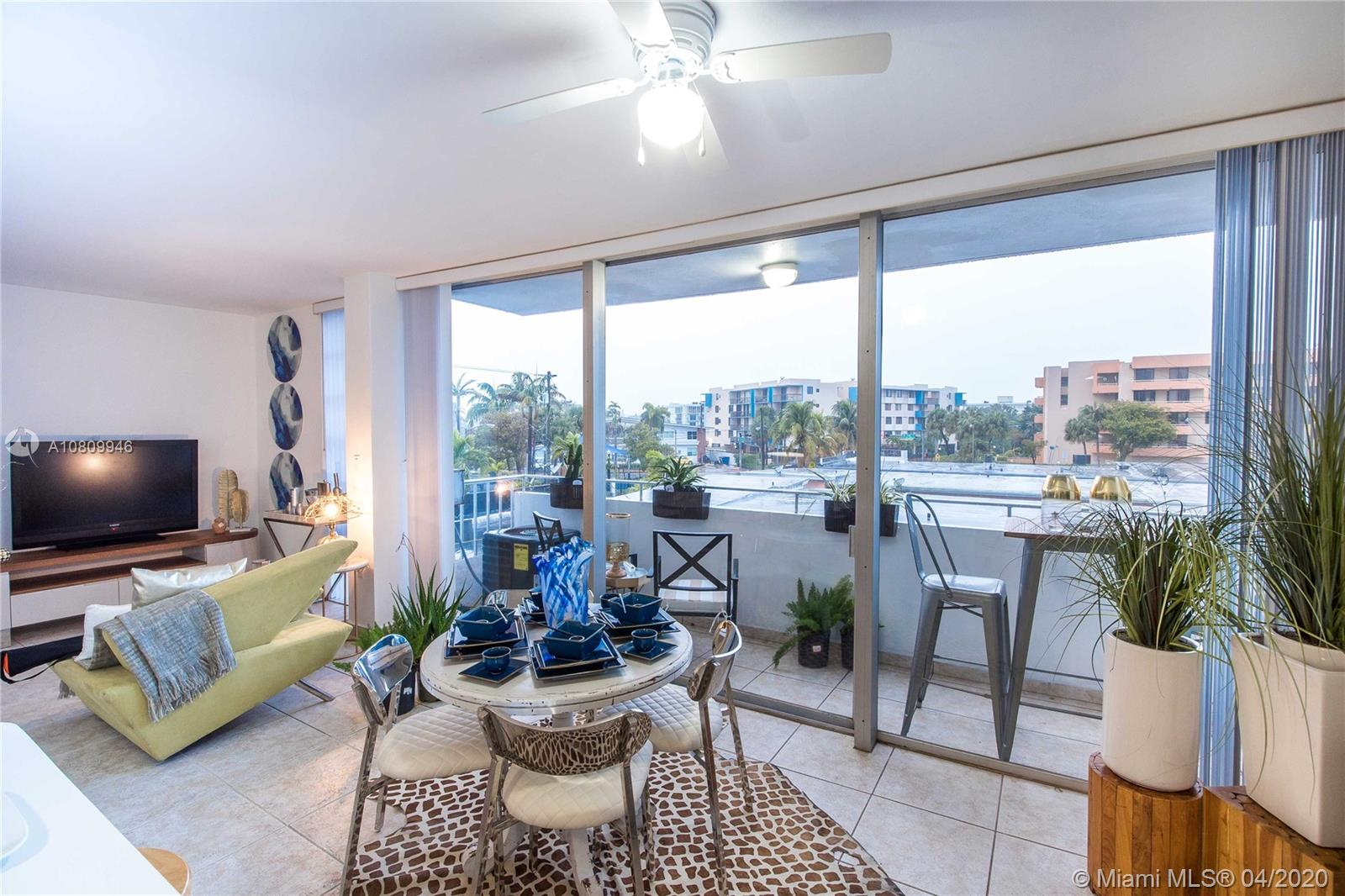8001  Byron Ave #3B For Sale A10809946, FL
