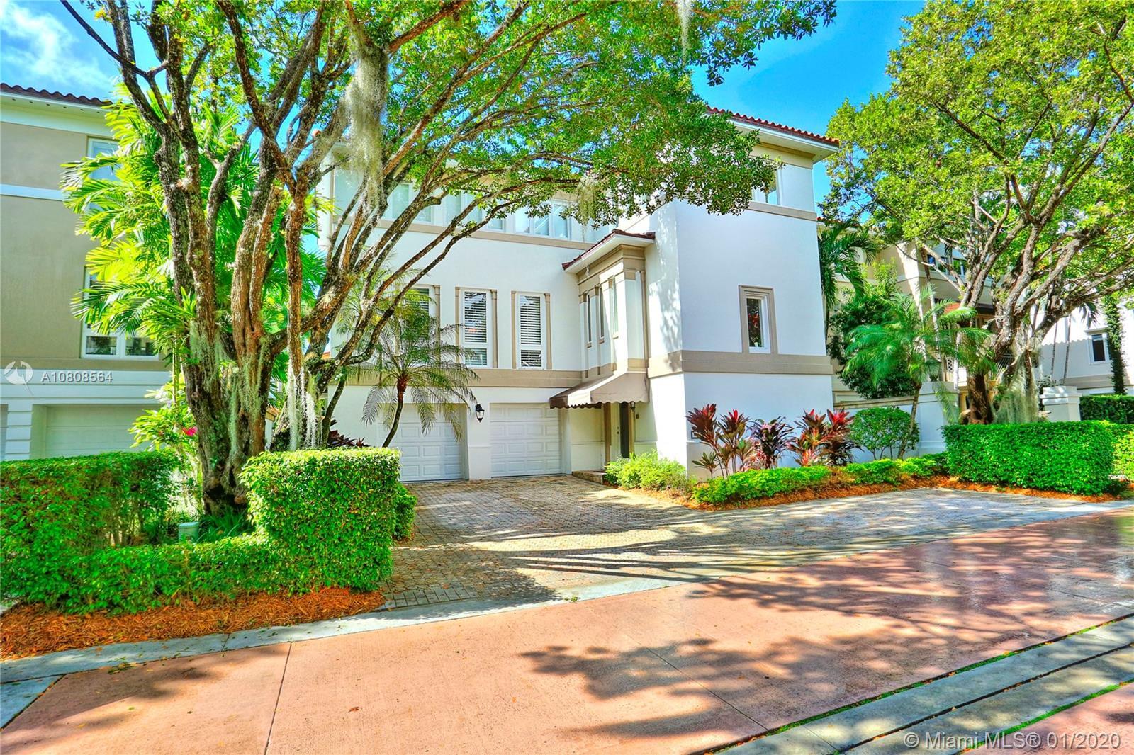 3520  Bayshore Villas Drive  For Sale A10808564, FL