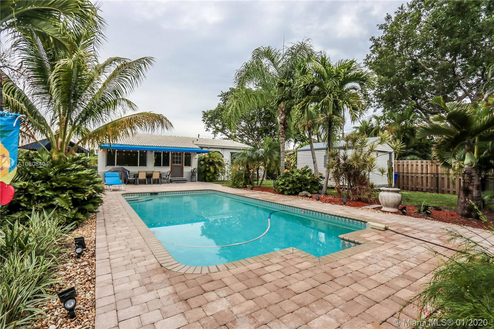 1446  Plunkett St  For Sale A10808404, FL