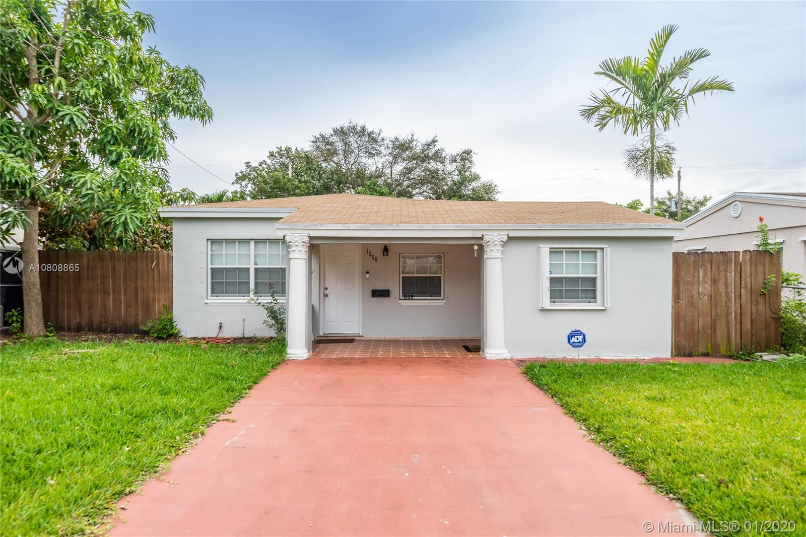 1558 NE 177th St  For Sale A10808865, FL