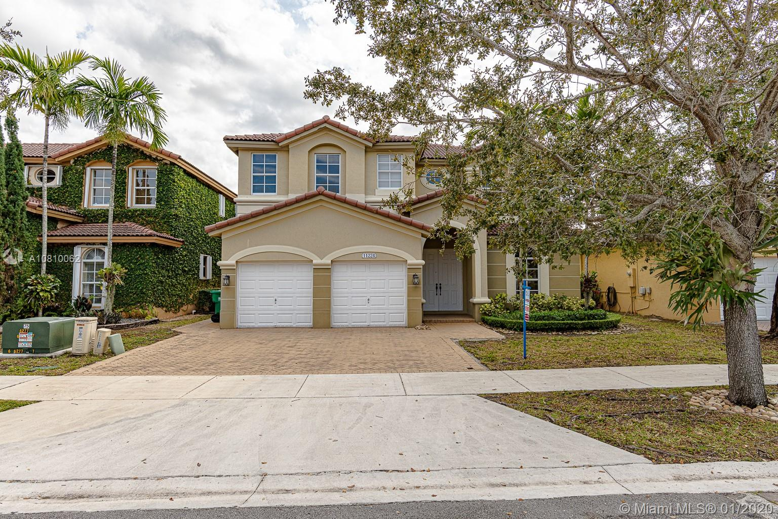 11224 NW 77th Ter  For Sale A10810062, FL