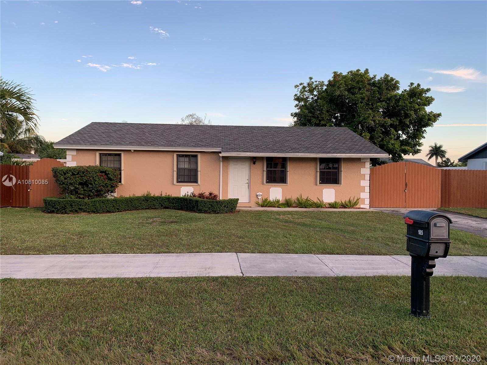 185 SW 17th Ave  For Sale A10810085, FL