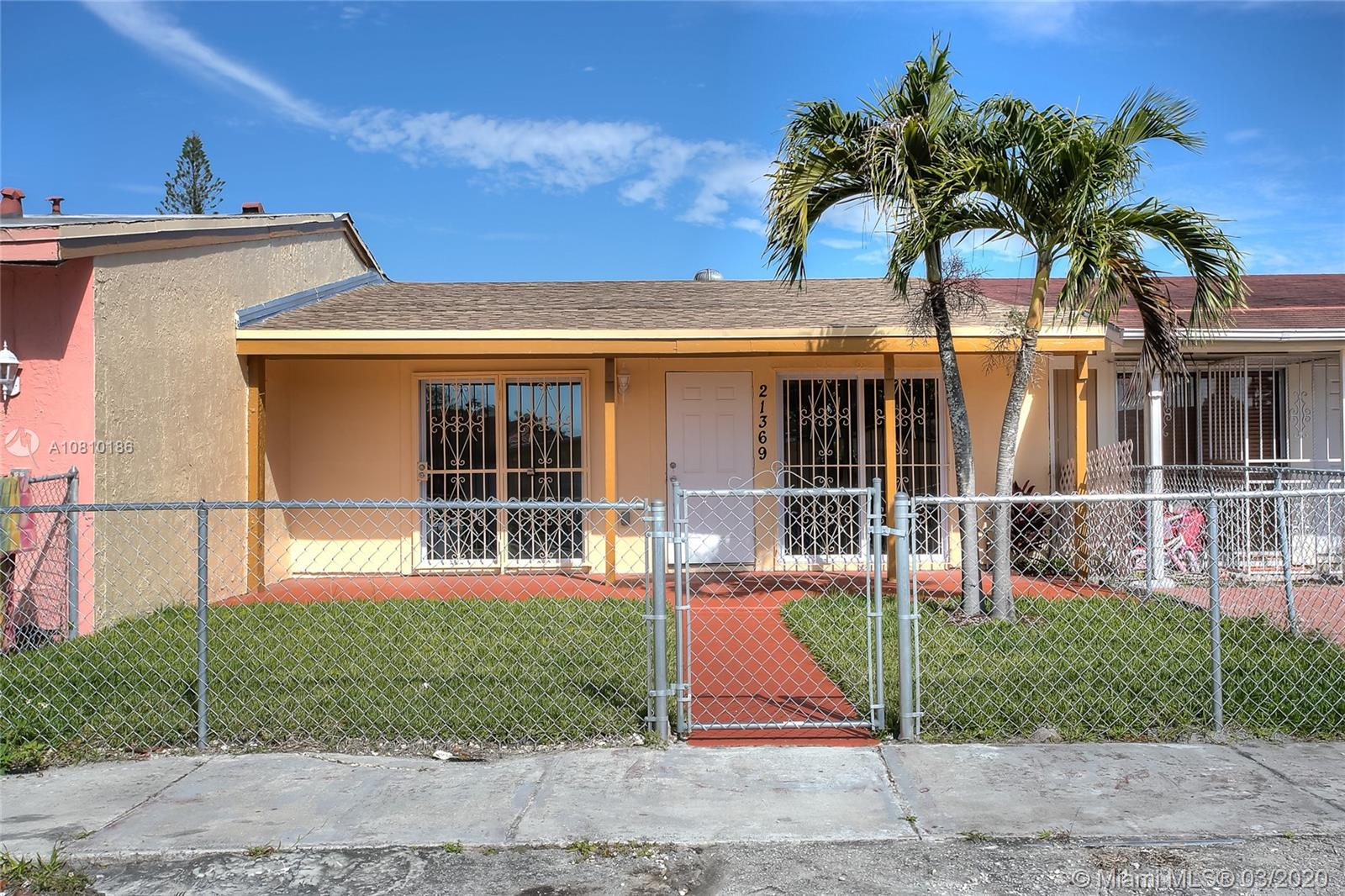 21369 NW 39th Ave  For Sale A10810186, FL