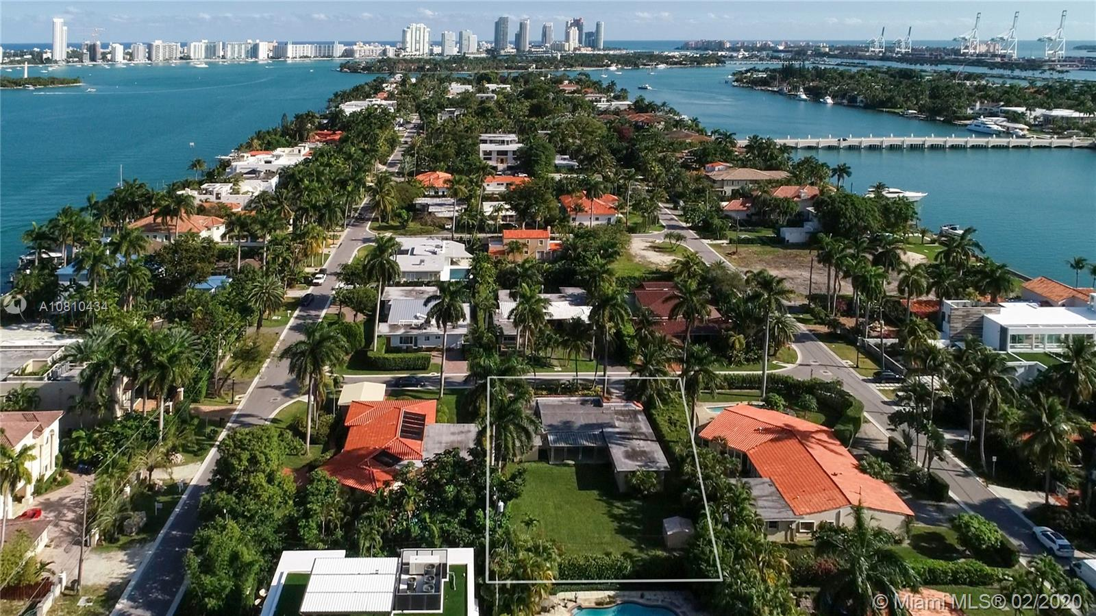 118 W 3rd Ct  For Sale A10810434, FL