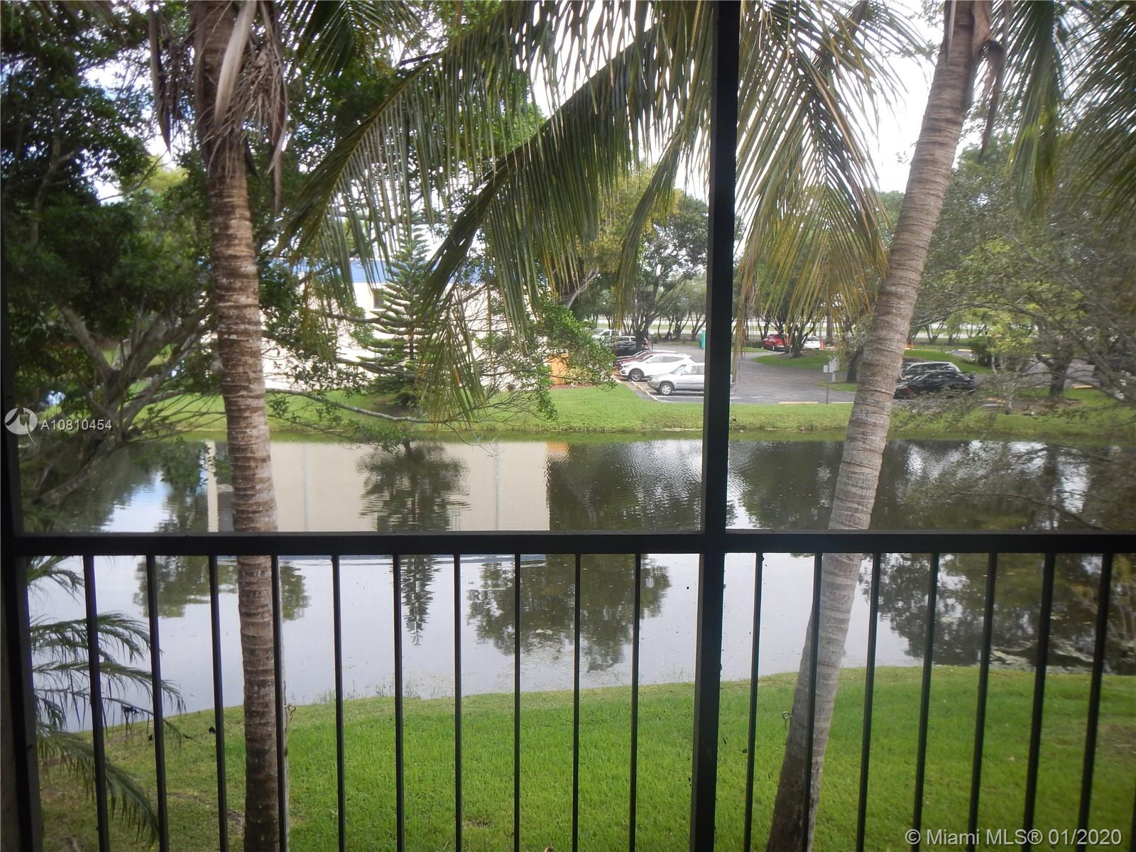 195  Lakeview Dr #202 For Sale A10810454, FL