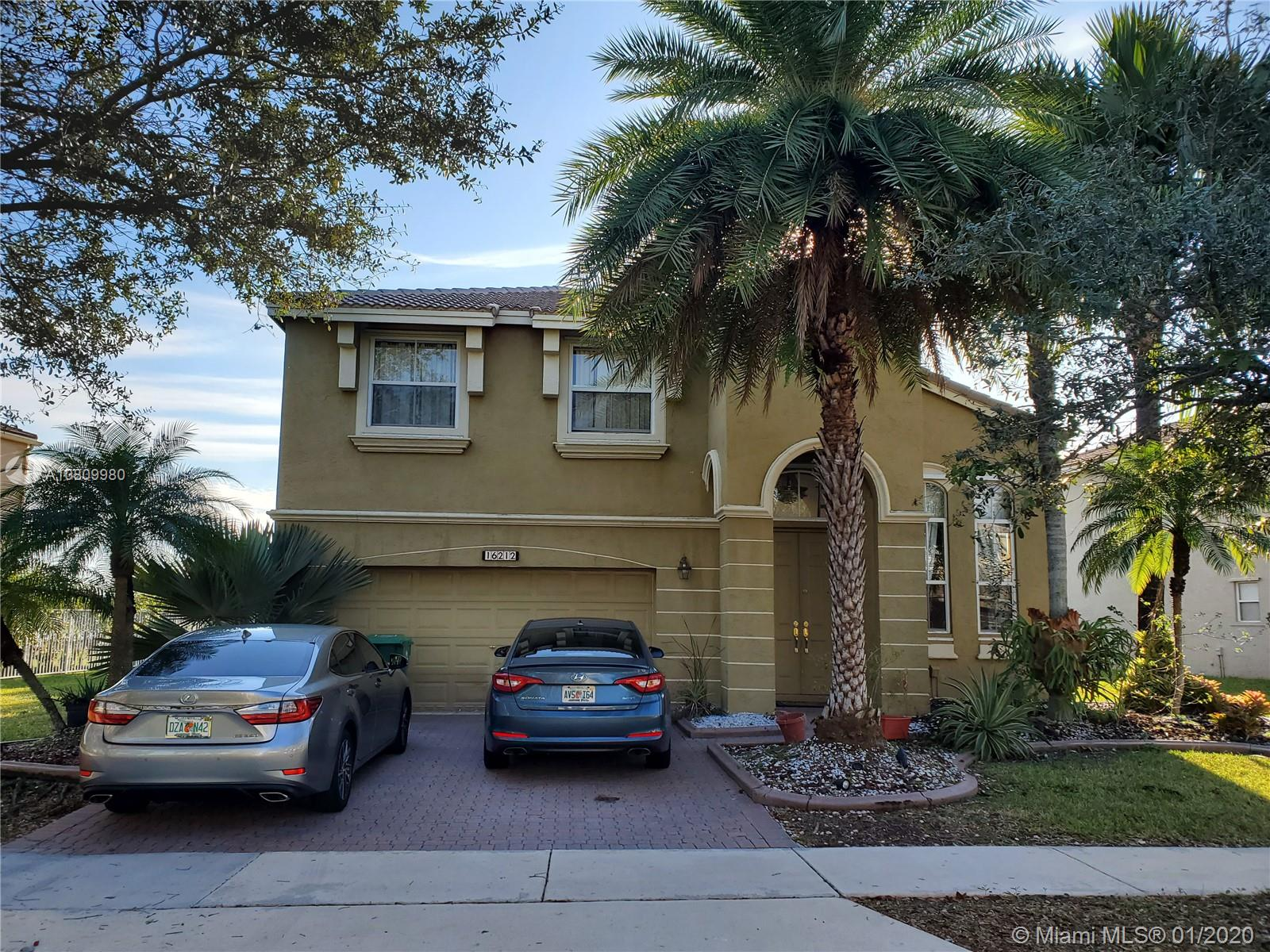 16212 SW 49th Ct  For Sale A10809980, FL