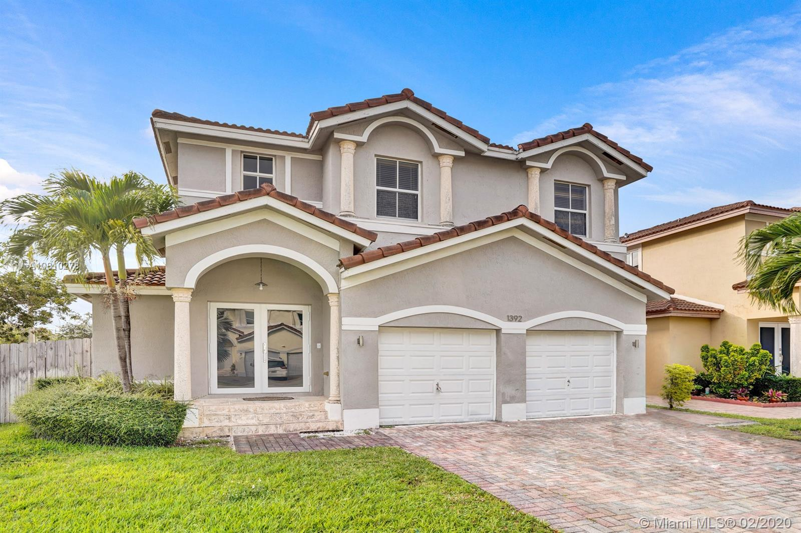 1392 SW 145th Pl  For Sale A10810278, FL