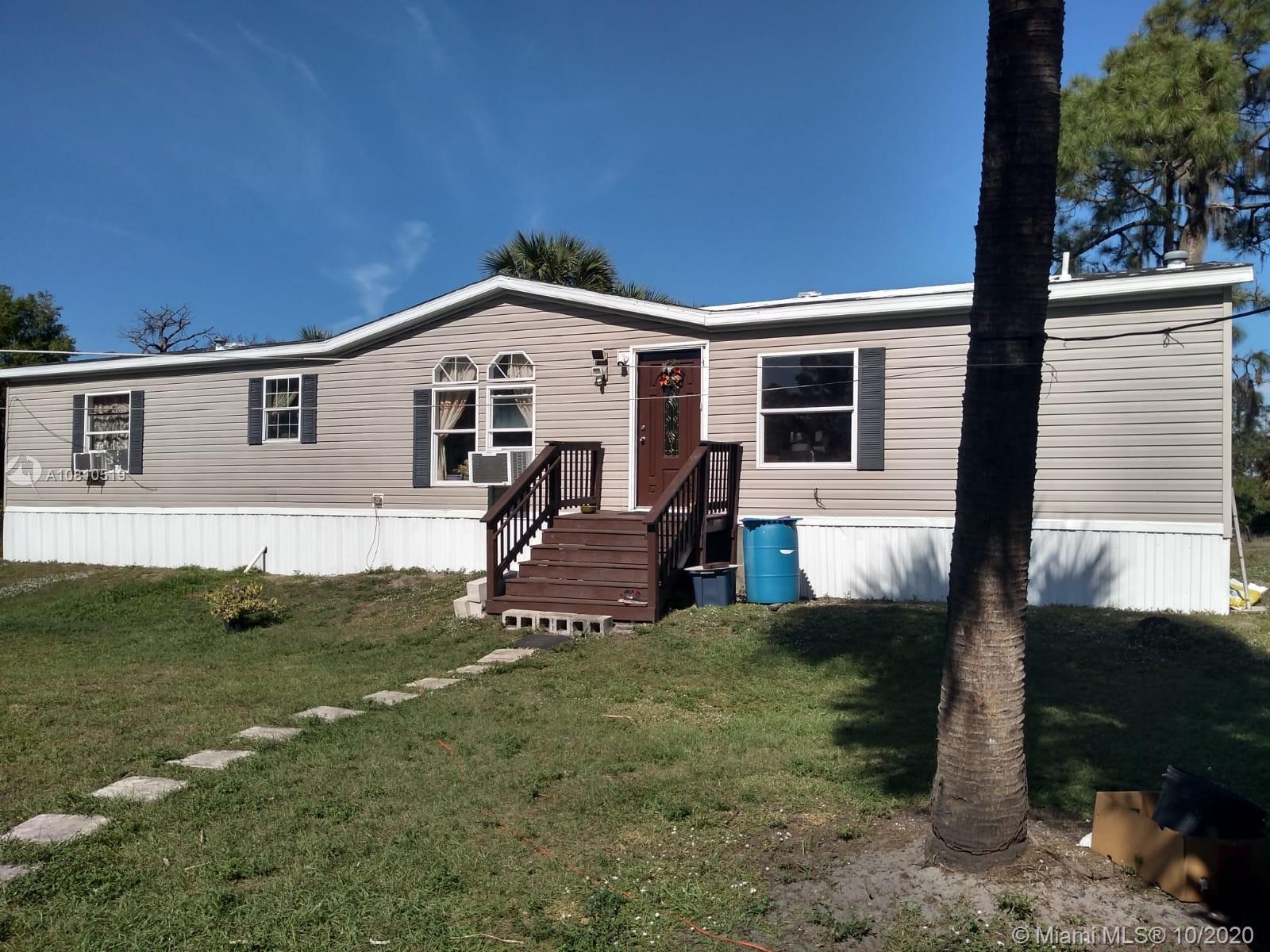 680 E Paso Fino Cir, Clewiston, FL 33440
