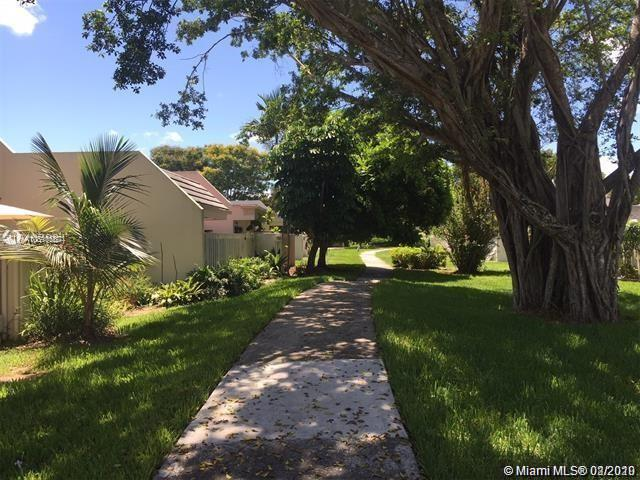 8116 SW 82nd Pl #8116 For Sale A10810557, FL