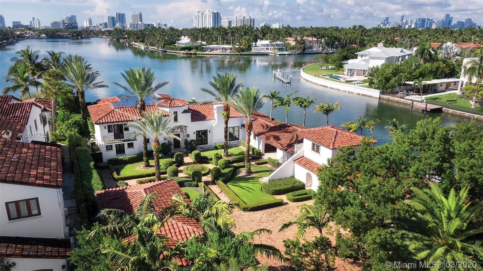 1350 W 29th St  For Sale A10807752, FL