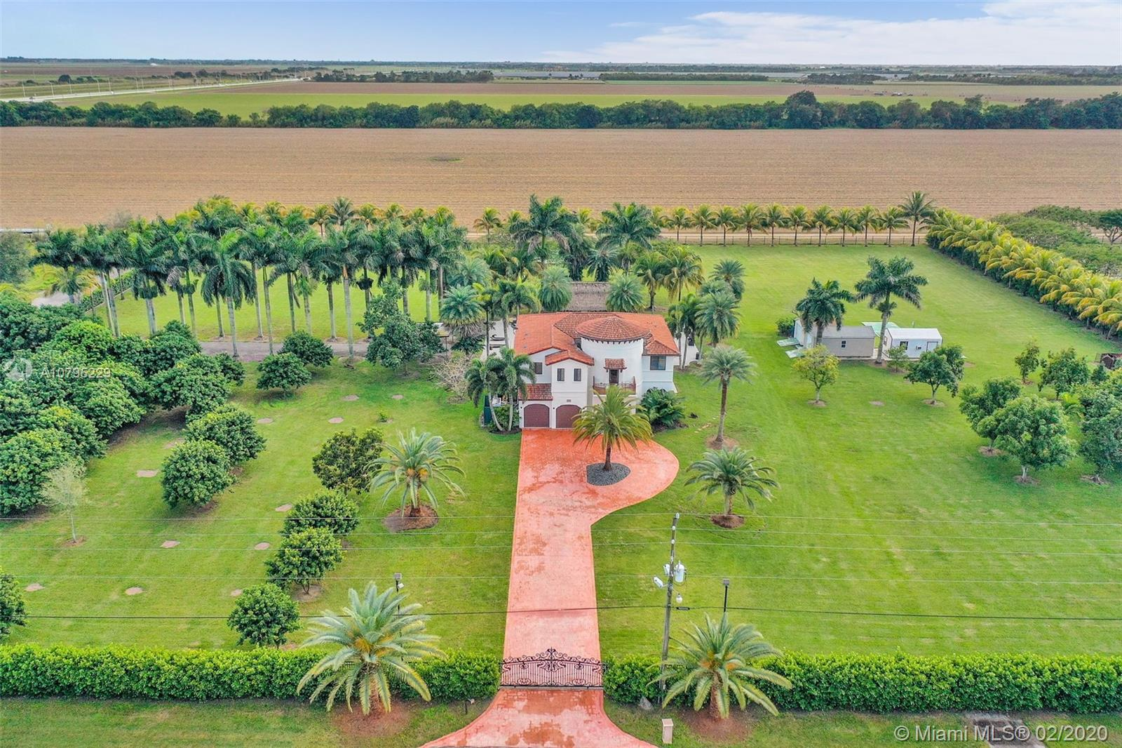 17800 SW 106th St  For Sale A10795229, FL