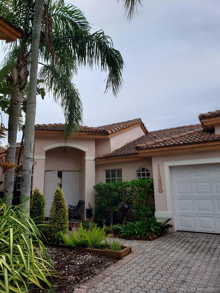 11238 NW 59th Ter  For Sale A10810546, FL