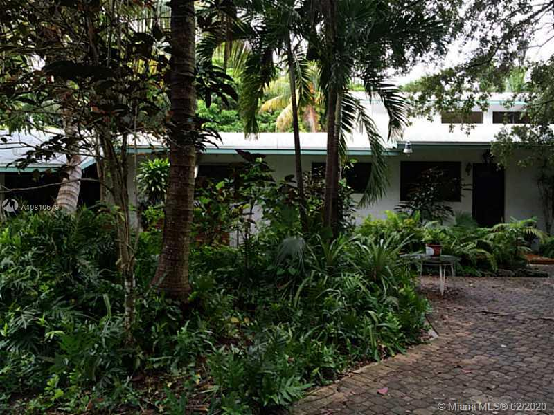 10550 SW 97th Ave  For Sale A10810679, FL