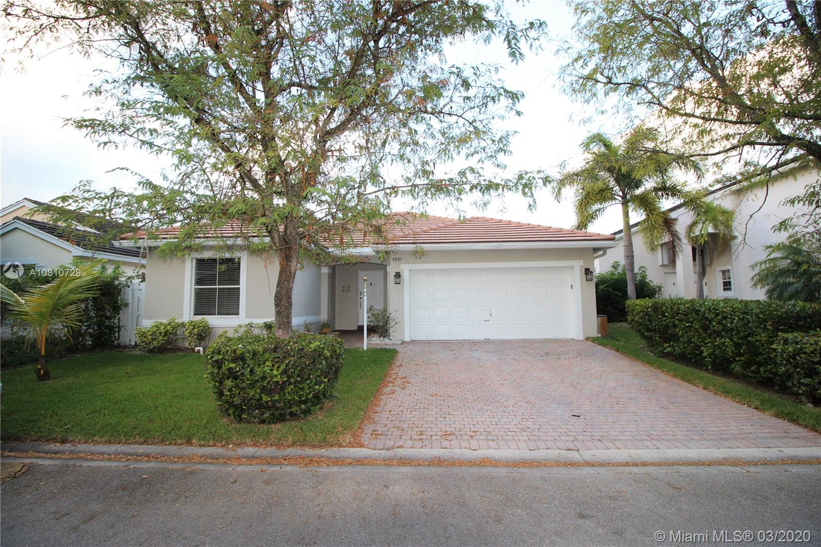 3331 SW 51st St  For Sale A10810729, FL