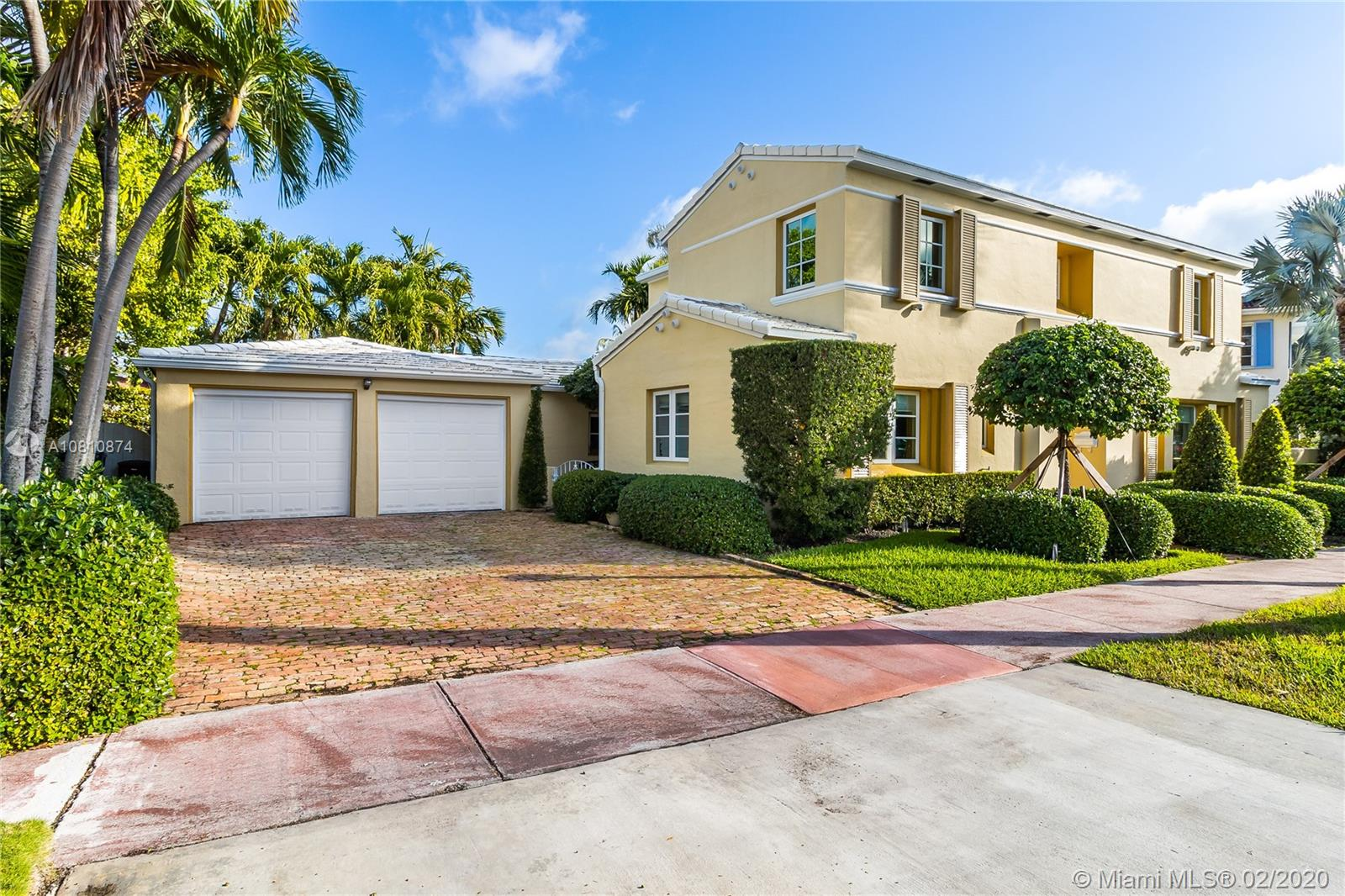 457 W 62nd St  For Sale A10810874, FL