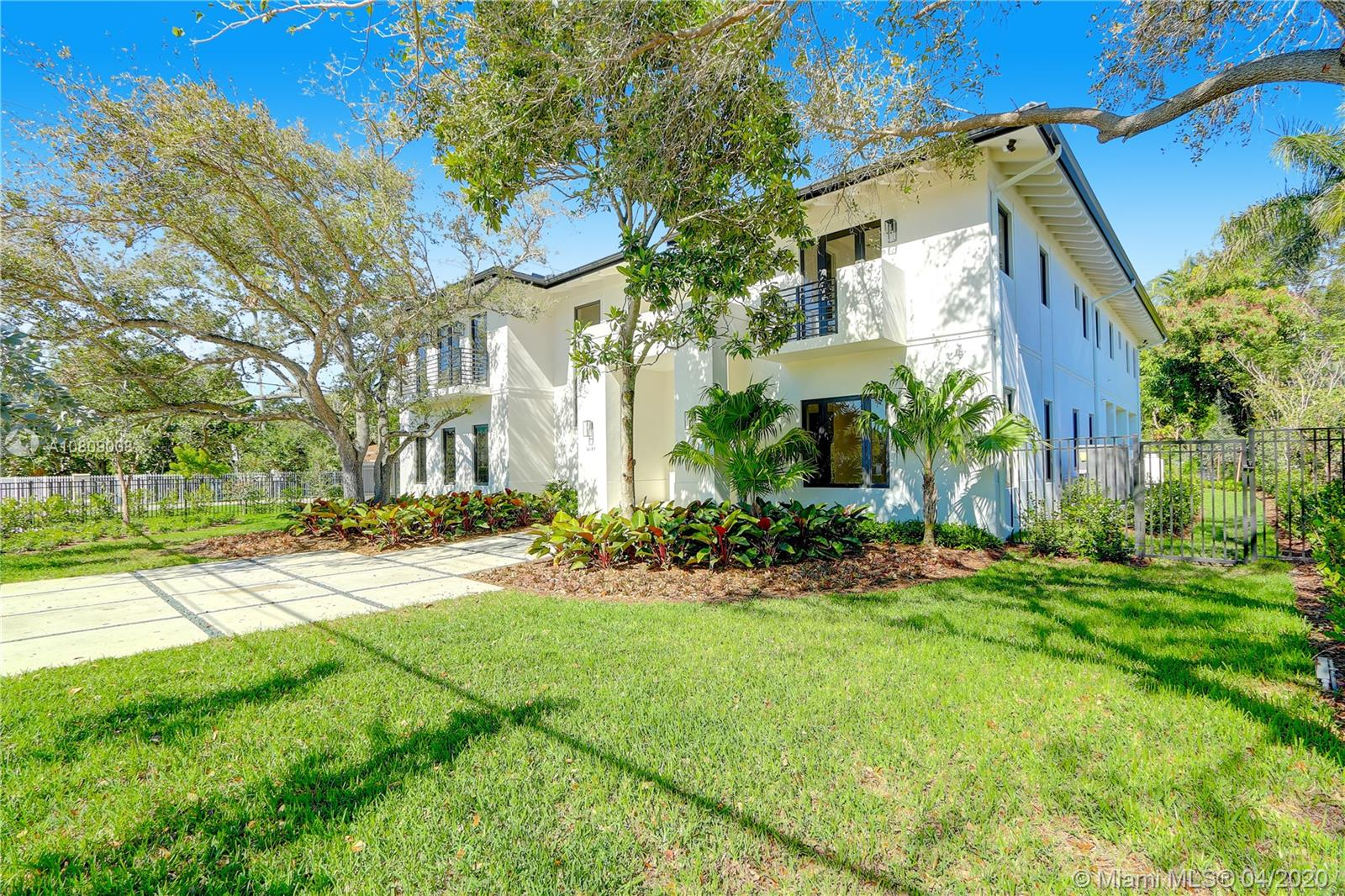 6151 SW 80th St  For Sale A10809008, FL