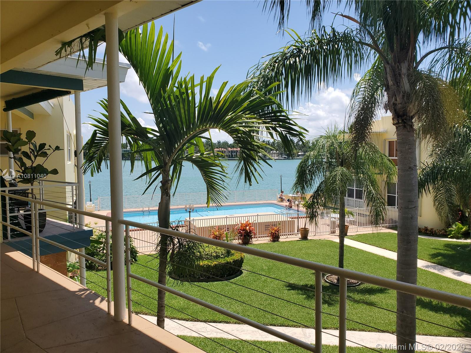 910  Bay Dr #20 For Sale A10811040, FL