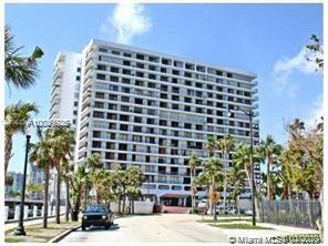 200 SE 15th Rd #4D For Sale A10809926, FL