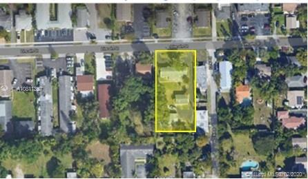 2420  Lincoln St  For Sale A10811367, FL