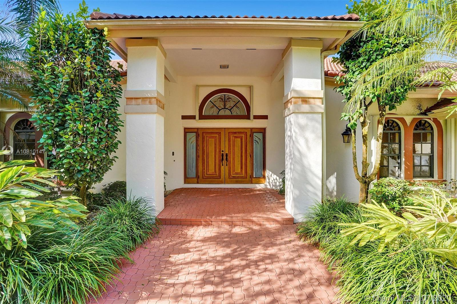 2955  Luckie Road  For Sale A10810147, FL