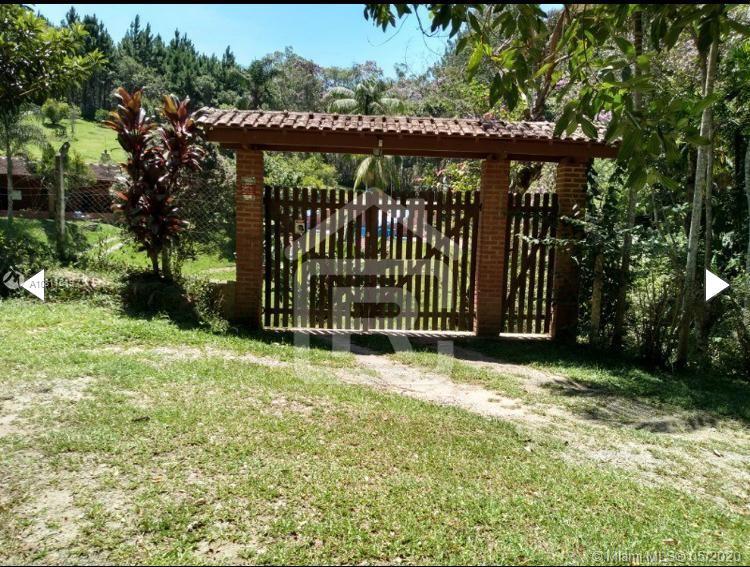 240  Estrada Cachoeria do Franca