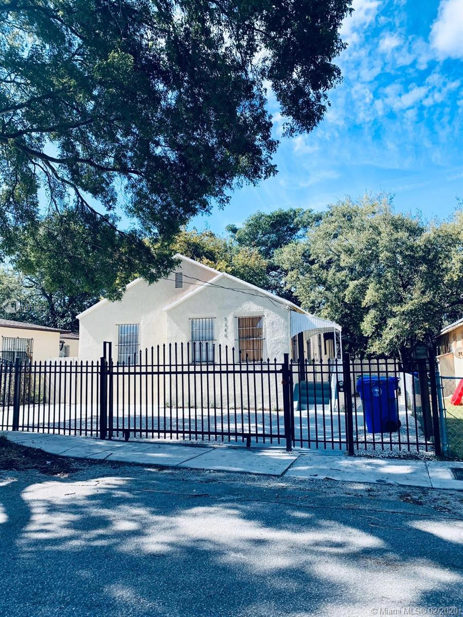 3240 NW 11th Ave  For Sale A10811652, FL
