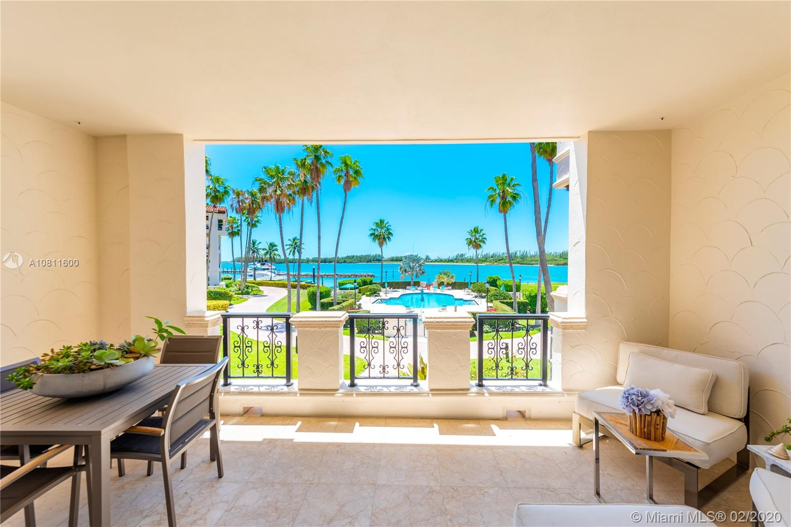 2122  Fisher Island Dr #2122 For Sale A10811600, FL