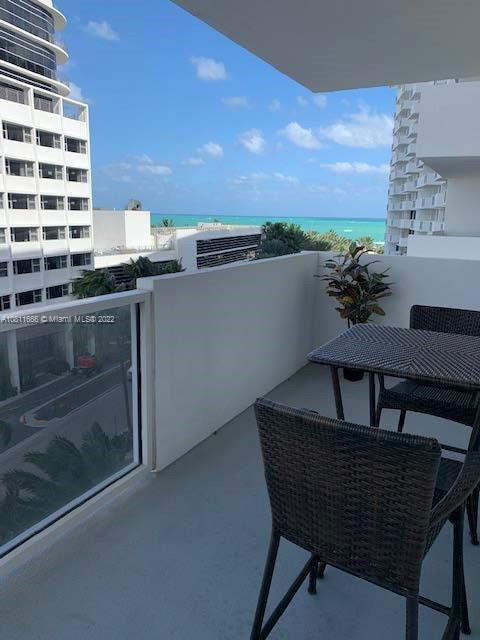 Great Investment opportunity!   Very nice renovated one bedroom, one and one half bath apt. with balcony, city and some ocean view.  Granite counter top in kitchen and bathrooms, marble floors. Building has pool, gym, recreation room, laundry room on each floor and 24 hour lobby security. 30 day minimum rental allowed.Vacant, Easy to Show.