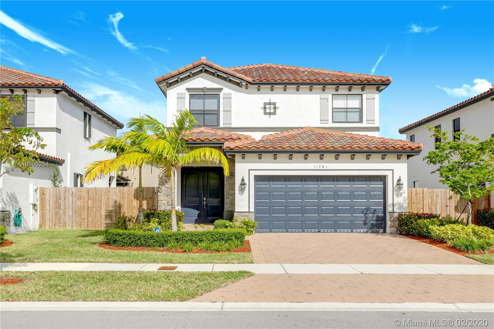 11781 SW 251 St  For Sale A10805254, FL
