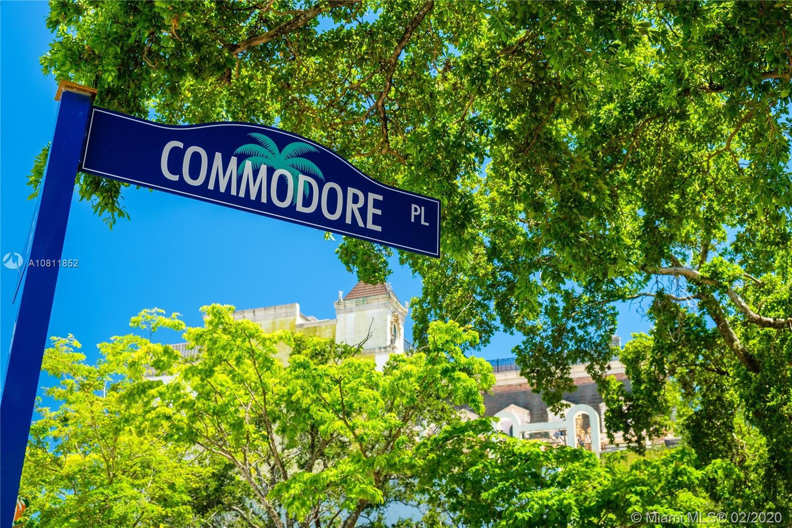 3121  Commodore Plz #303 For Sale A10811852, FL