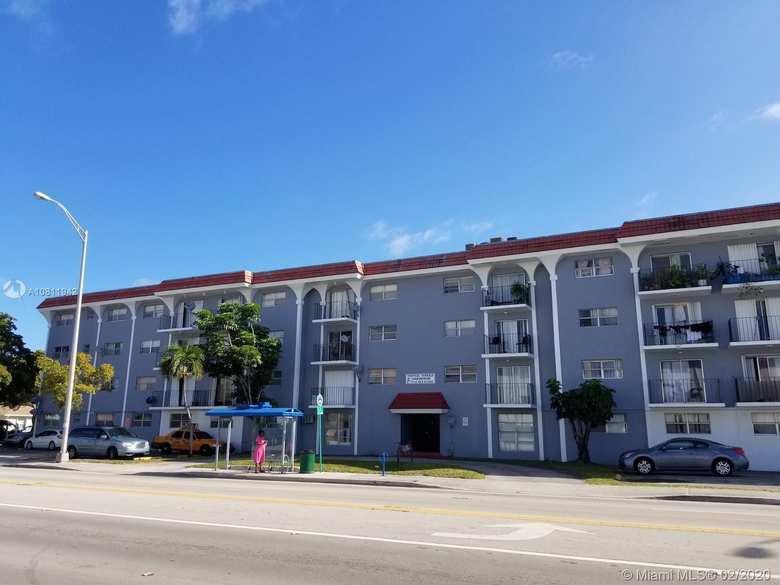 13725 NE 6th Ave #404 For Sale A10811942, FL