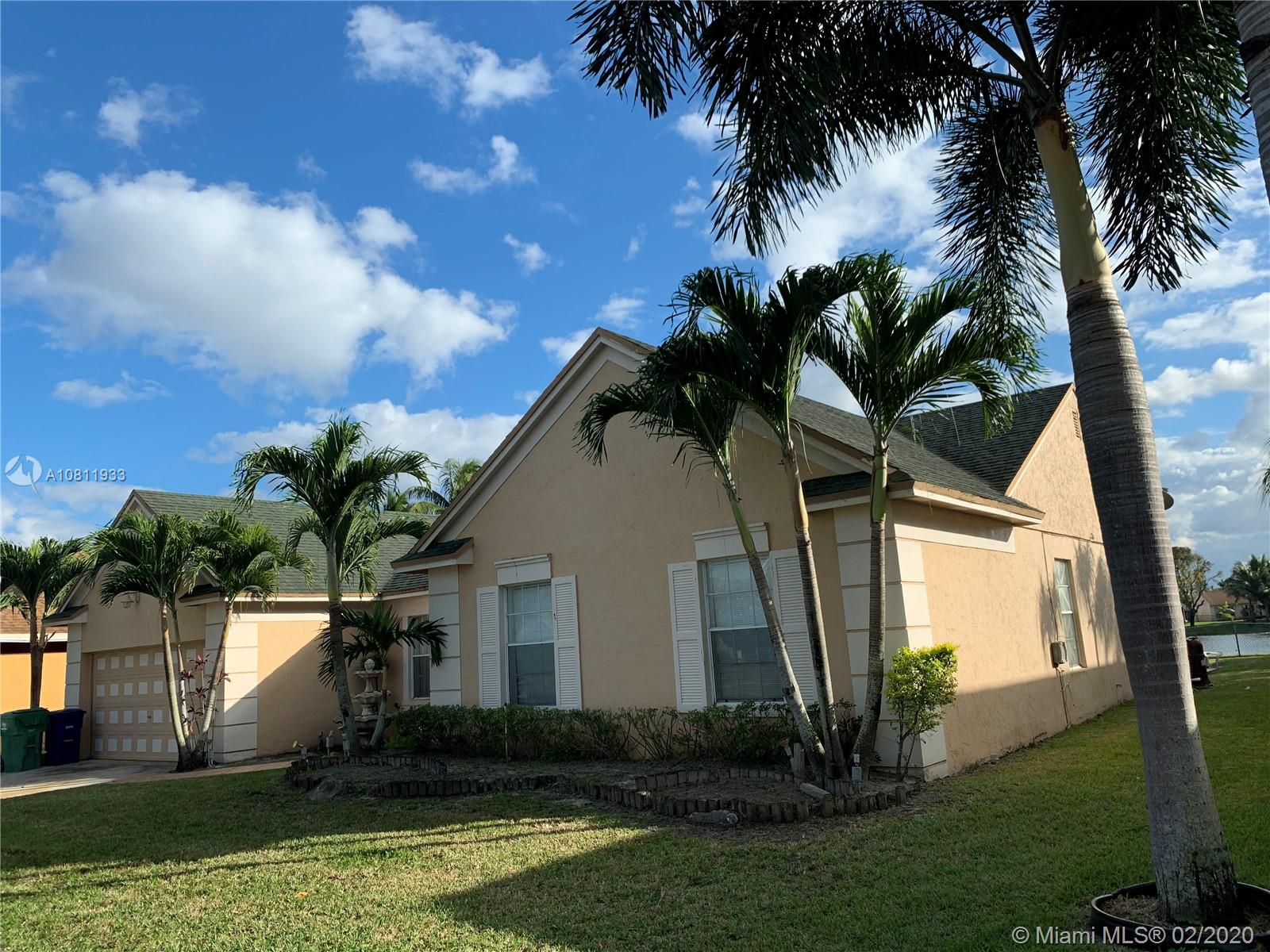 9520  Chelsea Dr  For Sale A10811933, FL