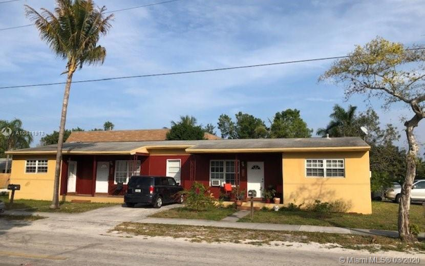 2103 N 20th Ave #1-2 For Sale A10811913, FL