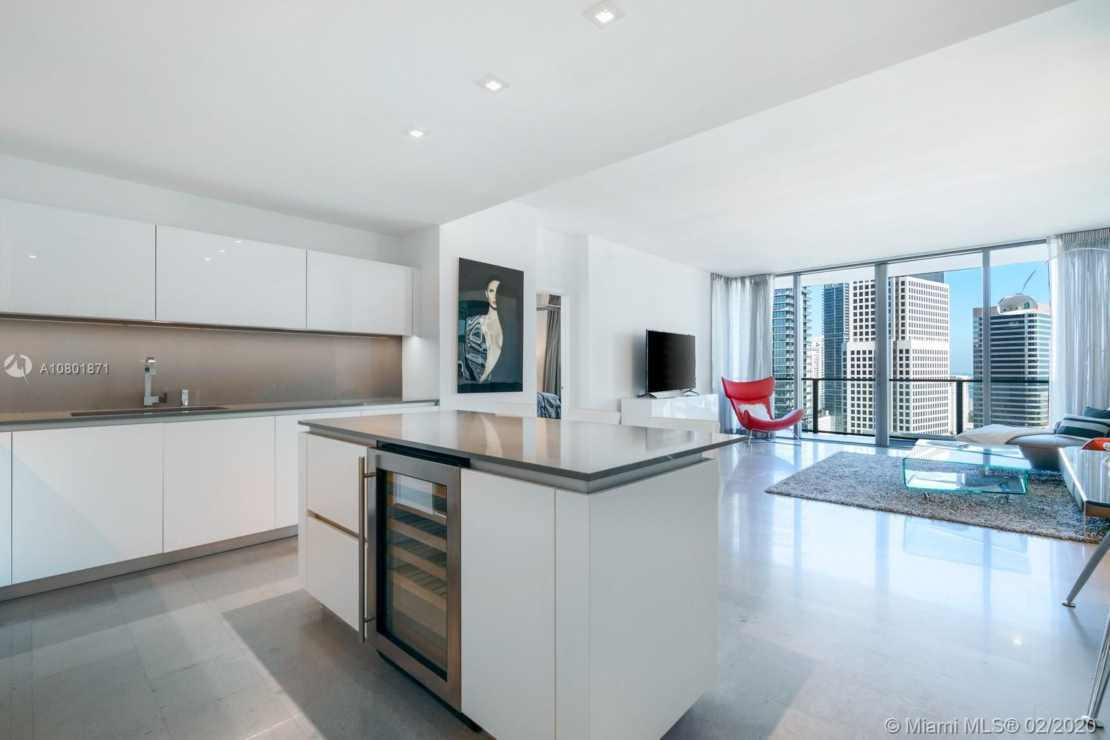 88 SW 7th St #2507 For Sale A10801871, FL