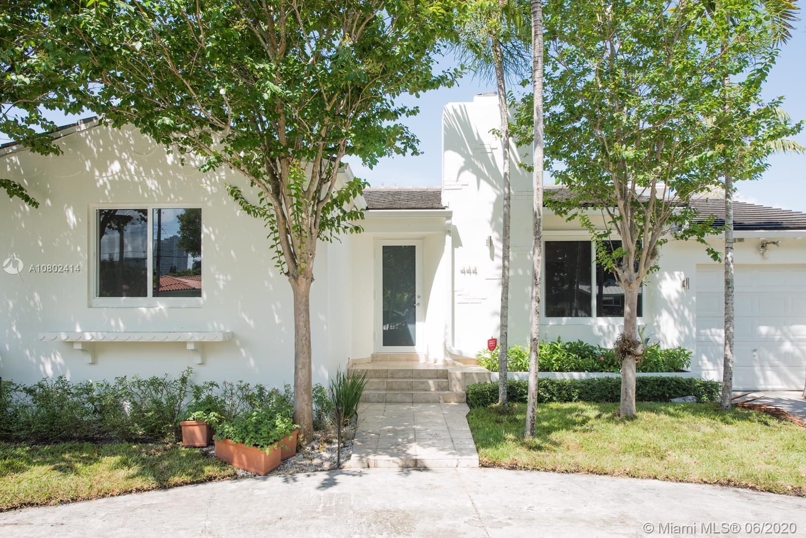444 SW 24th Rd  For Sale A10802414, FL