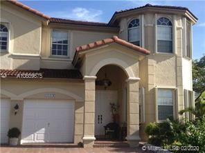 11174 NW 78th Ln  For Sale A10809675, FL