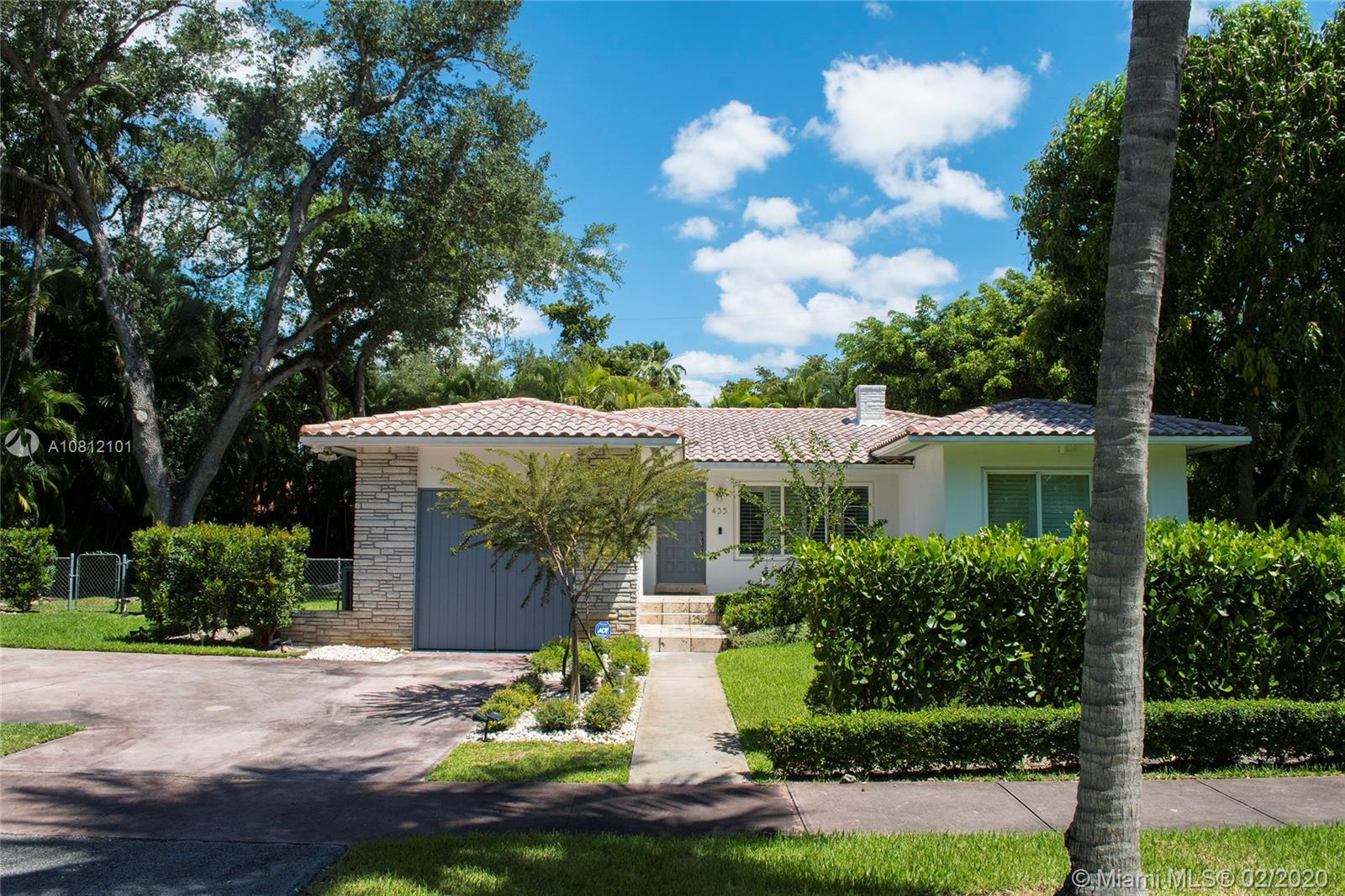 435  Castania Ave  For Sale A10812101, FL