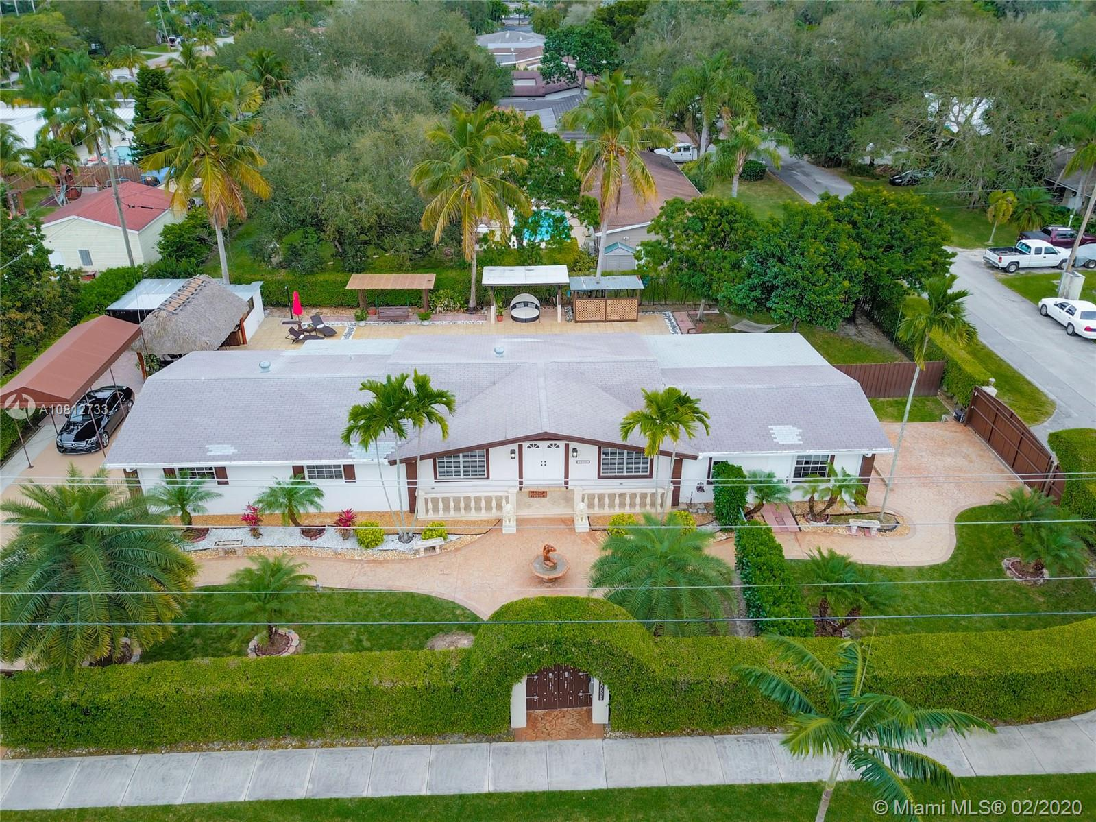 10695 SW 87th Ave, Miami, FL 33176