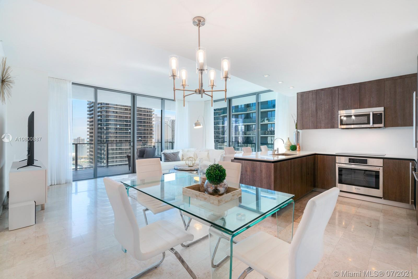 88 SW 7th St #2601 For Sale A10800887, FL