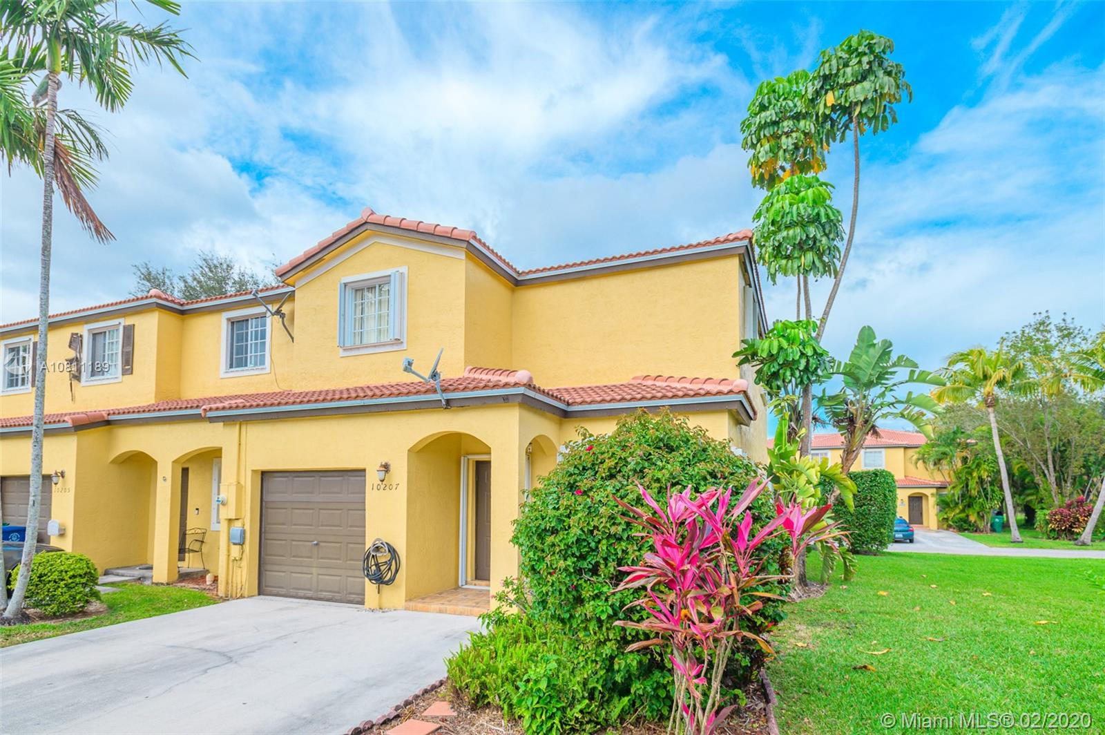 10207 SW 18th Ct #10207 For Sale A10811189, FL