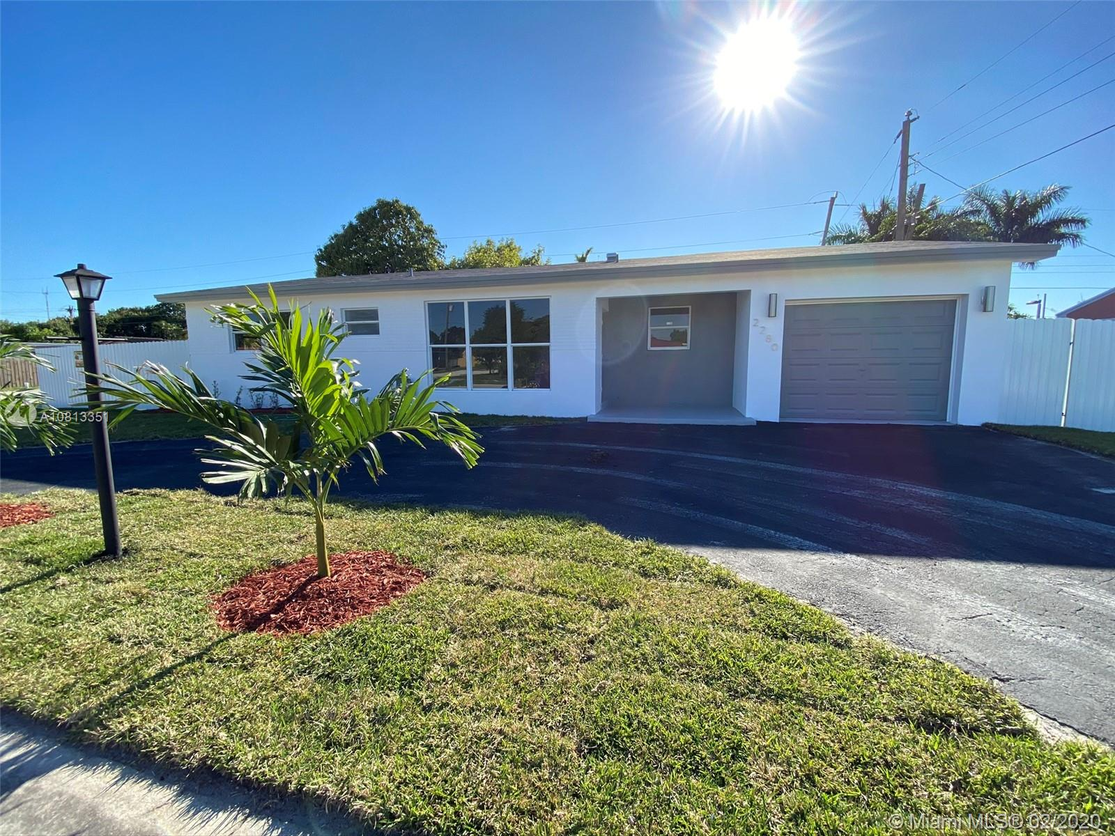 2280 SW 67th Ter  For Sale A10813351, FL