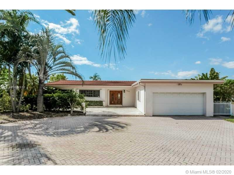 1850  Hibiscus Dr  For Sale A10812810, FL